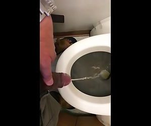 Taking a piss in a plane....anyone thirsty