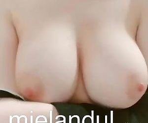 말랑말랑 가슴 만지고 놀기 Mielandul