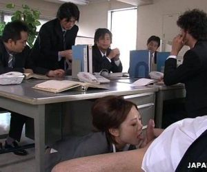 Yoshida getting drilled down about her presentation - 1..