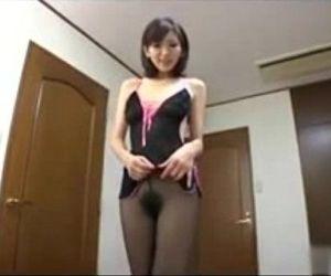 Pantyhose Japanese MILF - welovehardcore.com - 13 min