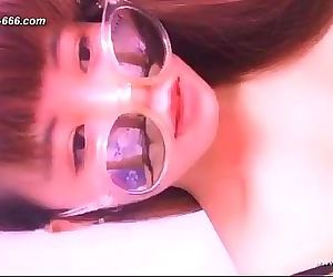 Chinese teens live chat with mobile phone.2 11 min