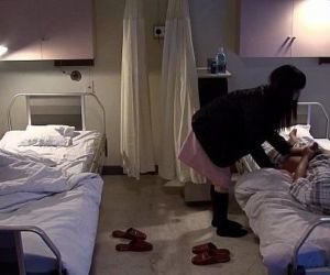 Subtitled uncensored bizarre hospital Japanese handjob - 4..