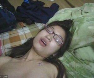 Super Mignon Viet adolescent baisée À partir de universityofscandalcom -..