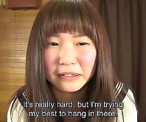 Subtitulada japonés colegiala pee la desesperación juego en hd 5..
