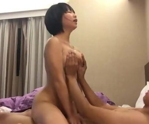 台湾女国军性爱流出 Taiwan Female Soldier Sex Tape