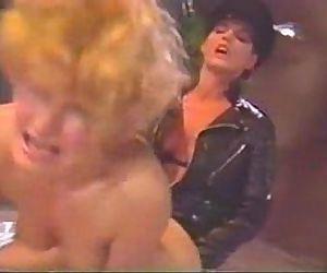Lili Marlene gets fucked by Erica Boyer