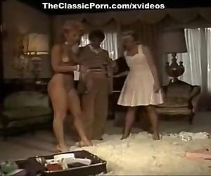 Threesome fuck movie with sexy ladies