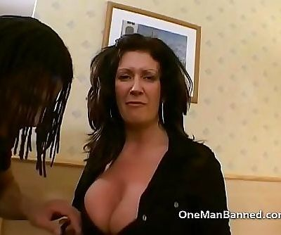 Super MILF Sarah Beatie takes on 3 11 min