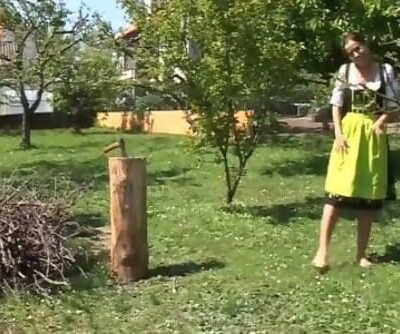 Cara - Bayrisches Dirndl Girl - Hinter den Kulissen FSK18