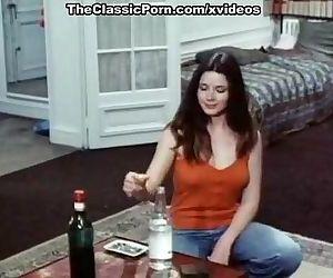 Joëlle Coeur, Marie-France Morel, Brigitte Borghese in vintage xxx clip