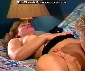 Pussy juices for hungry lesbian gal