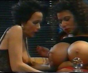 Süsser die Glocken nie Schwingen full movie with busty Tiziana Redford