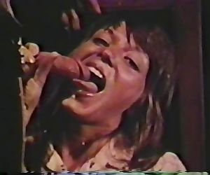 Peepshow Loops 297 1970s - Scene 2