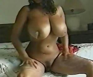 Chloe Vevrier