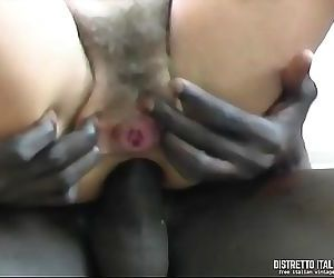 Italian wife gets her ass fucked by an African black immigrant 15 min