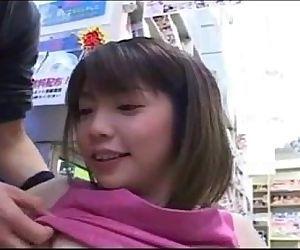 Japanese Girl Nozomi Momoi threesome-www.tubeviral.com/AQxQ1 - 22 min