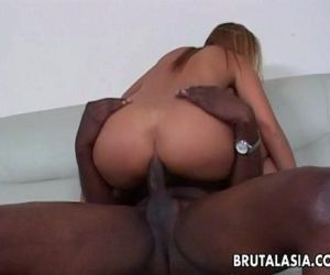 Alluring and curvy Asian slut has a bbc she sucks - 8 min