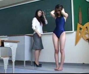 154 Spanked In Her Swimsuit - 6 min