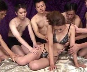 Sakura Hirota enjoys horny men to smash her pussy - 12 min