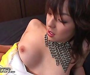 Uncensored Japanese Solo Girl Masturbation 5 min