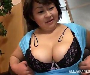 Fat Japanese woman gives a titjob and sucks a dick - 5 min