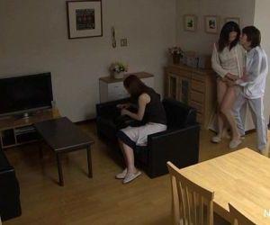 Japanese teen takes a cock - 7 min HD