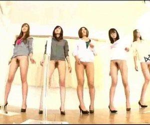Sexy Ass Dancers - 10 min