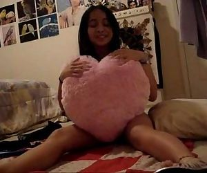 Asian on cam - 4 min