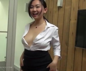 OfficeLadyAnalSoloMember720p.mp4
