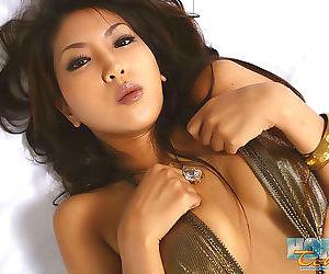 Hardcore av idol japanese saya in group sex - part 4678