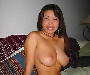Boyfriend submits pics of his perfect tit thai girlfriend..