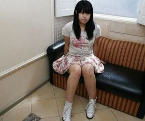 Chubby asian gal Yoshino Ohata strips down and gets her..
