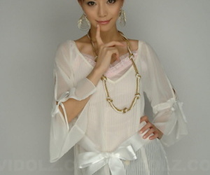 Young Japanese girl with a pretty face Akane Hotaru models..