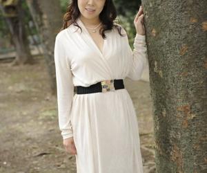 Classy Japanese female Yuna Yamami models non nude..