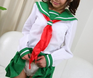 Pigtailed Japanese schoolgirl Hikaru Aoyama shaving her..