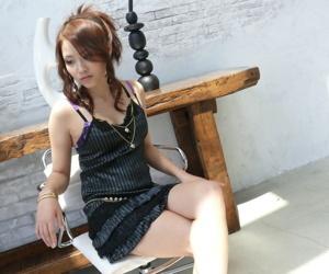 Japanese girl Iori Miduki doesnt mind partner filling..