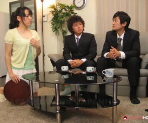 Japanese chick Reina Misaki oozes sperm from bush after..