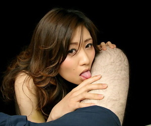 Naked Japanese chick eats cum from her fingers after a POV..