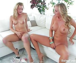 Samantha Saint & Bailey Blue Fuck..