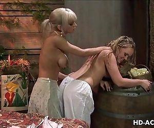 Hottest lesbian..