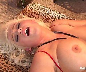 Britney Amber Lesbian FuckHD