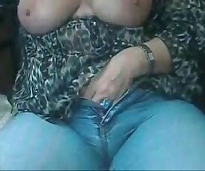 Mature Webcam Free Webcam - Access TubCams.com - 2 min