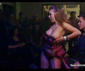 Aneta Krejcikova - Poupata (2011) - 3 min