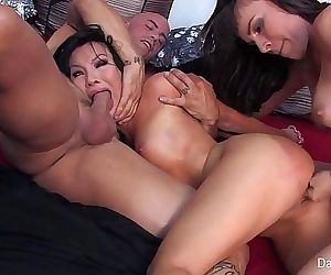 Dana DeArmond Threesome 7 min HD