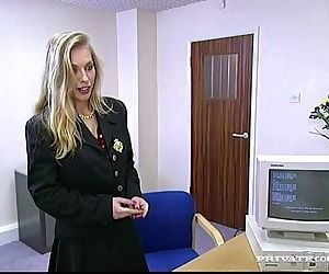Shayse ManhathanIntimate and Horny Secretary