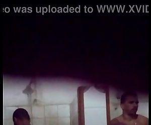 Banho do pauzudo/ naked shower bigdick