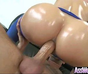 Oiled Girl With Big Butt Enjoy Anal Deep Sex movie-04