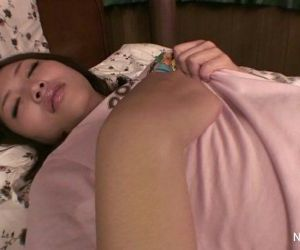 Asian girl plays with herself - 10 min HD