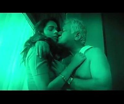Hot indian babe seduces old man - 2 min