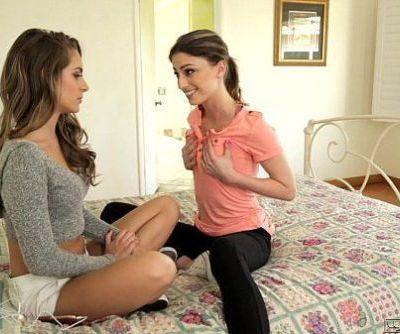 Kristen Scott makes Kimmy Granger curiousGirlswayHD